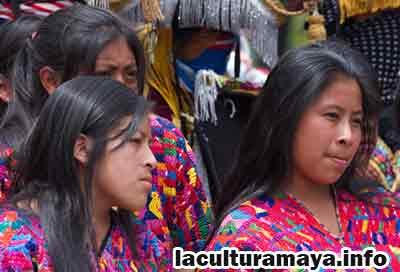 la creacion del hombre segun los mayas