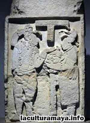 civilizacion maya escultura